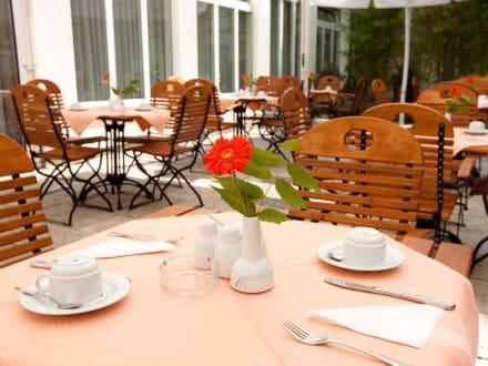 Terrasse vom Carat Hotel München - Carat Hotel München