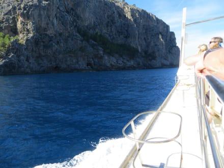Auf dem Schiff - Nofrills - Excursions
