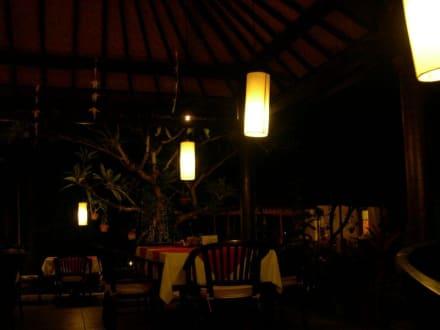 Natah Bale : Restaurant und Villas - Natah Bale