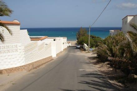 Straße zum Strand - Strand Costa Calma