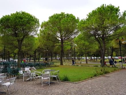 Der Tanzplatz - Café delle Terme