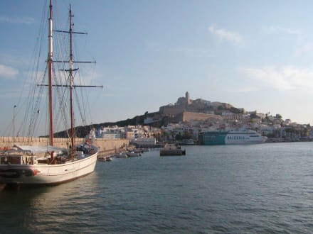 Hafeneinfahrt - Hafen Ibiza Stadt