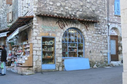 Shop in der Burg - Burg Gourdon