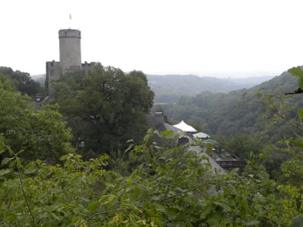 Burg Pyrmont  - Burg Pyrmont
