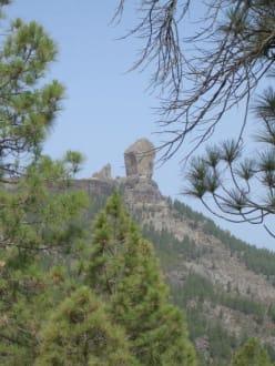 Roque Nublo das Wahrzeichen GC - Roque Nublo und Roque Fraile
