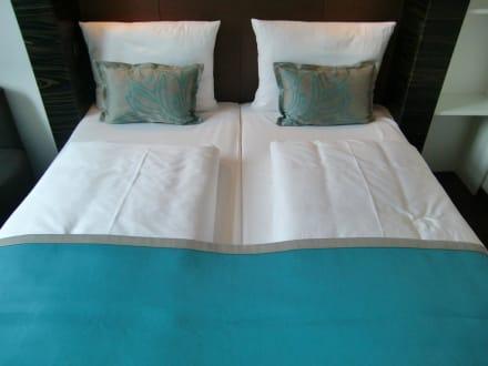Gem tliche betten bild motel one m nchen city s d in for Breckle matratzen motel one