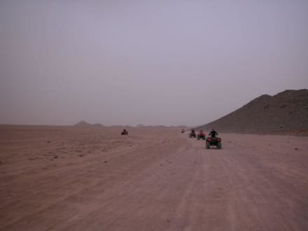 Quad-Tour in die Wüste - Quad Tour Hurghada