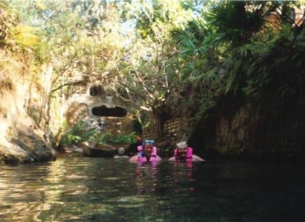 unterirdische Cenote - Freizeitpark Xcaret