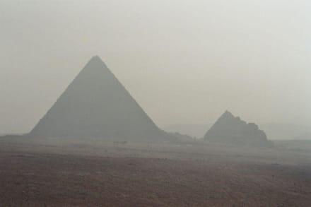 Pyramide von Gizeh - Pyramiden von Gizeh