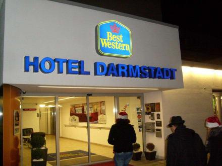 Eingang bild best western plus hotel darmstadt in for Action darmstadt
