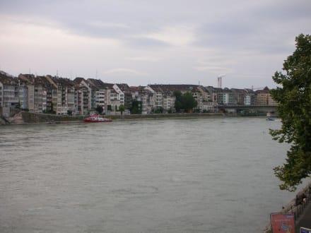 Von der Mittleren Rheinbrücke aus geschossen - Mittlere Rheinbrücke