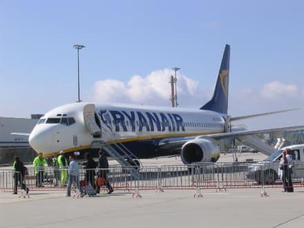 Flieger - Flughafen Frankfurt am Main (FRA)