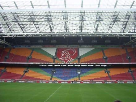 Innenraum Stadion - Ajax Museum und Stadion