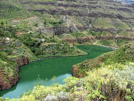 Der hintere Stausee von Ayagaures - Stauseen