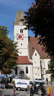 Die Kirche in Spitz - Kirche hl. Mauritius