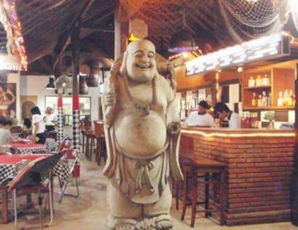TOOT SIE Bar & Restaurant - Tootsie
