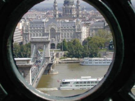 Blick vom Schlossberg auf die Kettenbrücke - Kettenbrücke