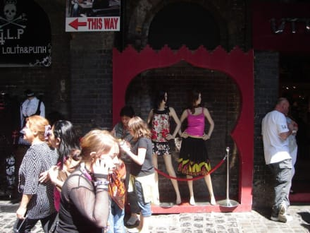 Shopping in Camden Town - Camden Market