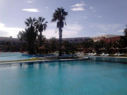 Piscine welcome meridiana djerba hotel