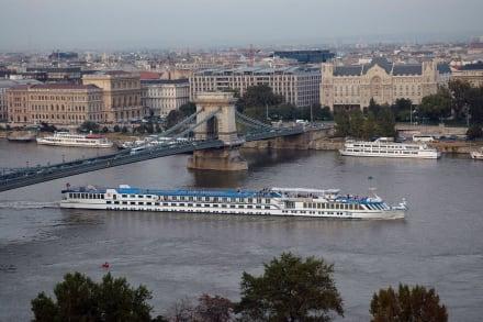 Donau - Kettenbrücke