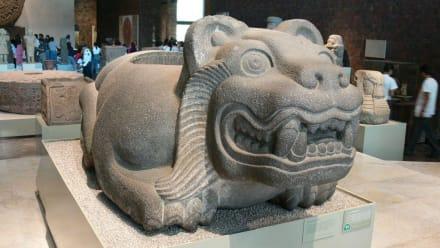 Opferungsschale - Nationalmuseum für Anthropologie