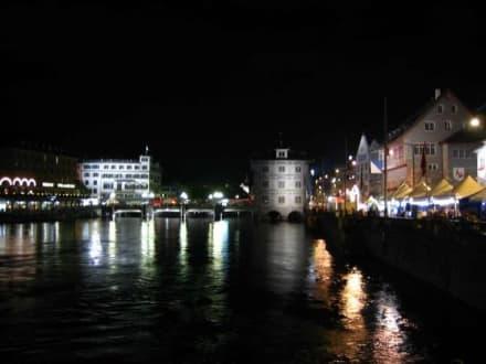 Zürich bei Nacht - Altstadt Zürich