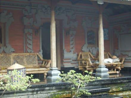 Wohnzimmer - Balinesische Hofanlage