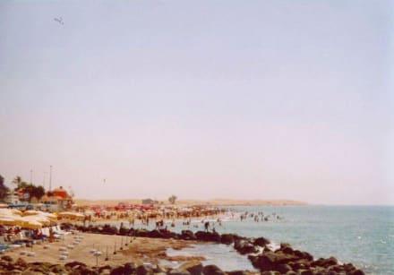 Gran Canaria Maspalomas Ufer vor Leuchtturm links - Strand Maspalomas