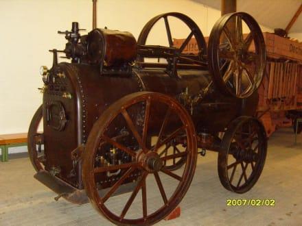 Eine Dampfmaschine! - Landwirtschaftsmuseum Meldorf