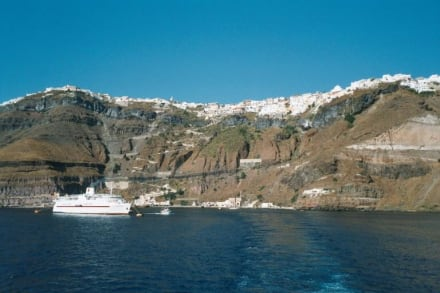 Santorin - Blick auf Thira - Hafen Skala