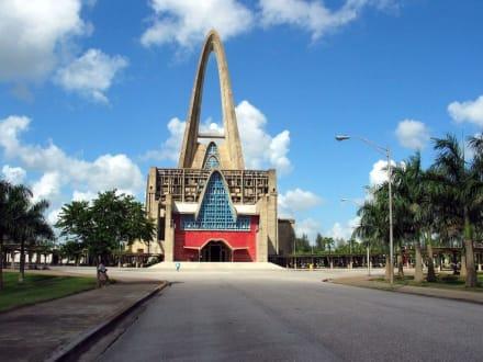 Neue Kirche - Basilica Nuestra Señora de la Altagracia
