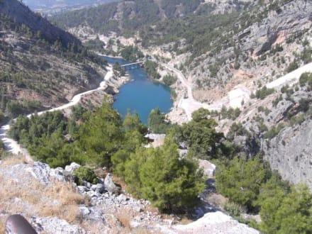 Blick ins Tal - Oymapinar Baraji/ Stausee Green Lake & Green Canyon