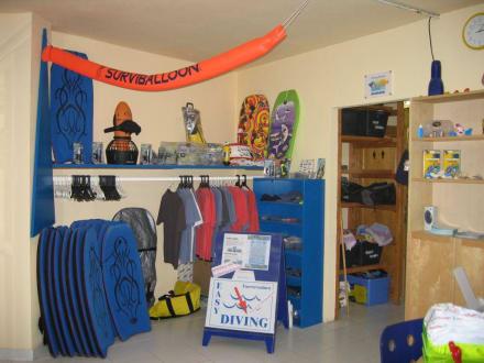 Der kleine Shop der Basis - Tauchbasis Easy-Diving Costa Calma