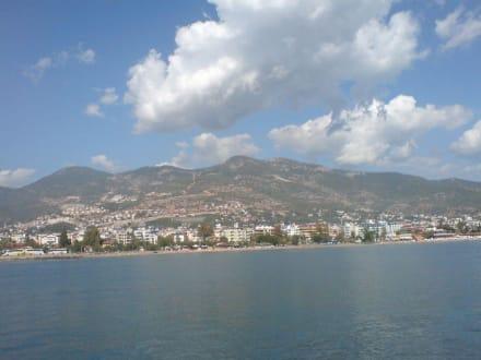 Blick auf Alanya - Bootstour Karaburun