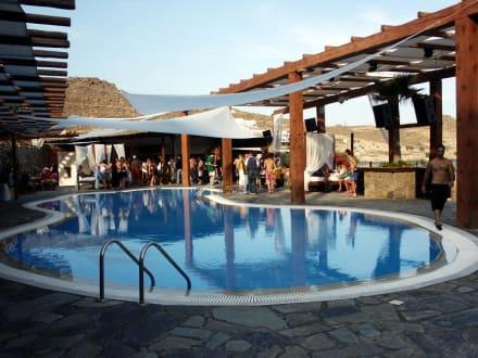Pool Dance Club - Paradise Beach
