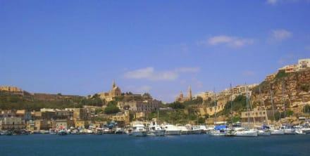 Ankunft auf Gozo - Hafen Mgarr