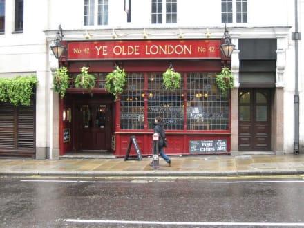 Ye Olde London Pub - Ye Olde London Pub