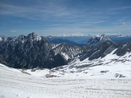Blick von der Zugspitze - Zugspitze