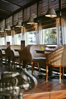 Bar Le Ganesh -