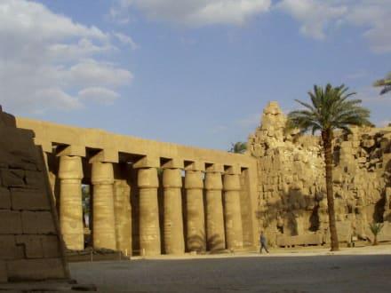 Luxortempel, ein Besuch ist empfehlenswert - Luxor Tempel