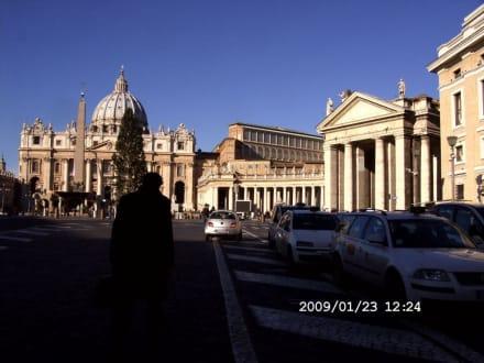 Petersdom und Petersplatz - Petersdom