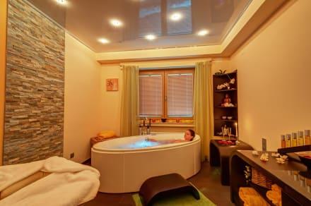 romantisches bad zu zweit bild hotel am kurpark in todtmoos baden w rttemberg deutschland. Black Bedroom Furniture Sets. Home Design Ideas