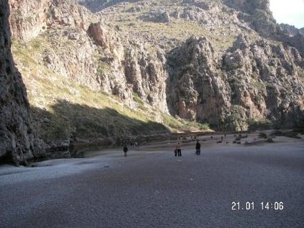 Das Flussbett am Anfang - Bucht Sa Calobra / Torrent de Pareis