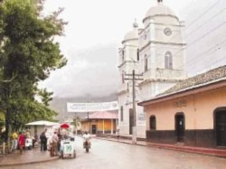 Temple / Eglise / Tombe  - Jinotega