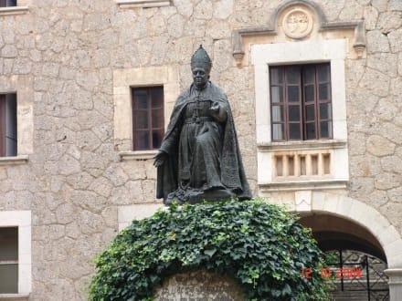 Der Gründer des Klosters Lluc - Santuari de Lluc