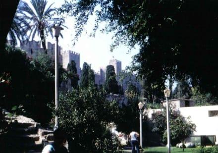 Blick auf die Johanniter-Festung - Großmeisterpalast