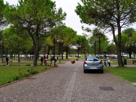 Zufahrtweg - Café delle Terme