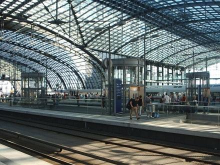 Berlin_Hauptbahnhof_Obergeschoss - Berlin Hauptbahnhof