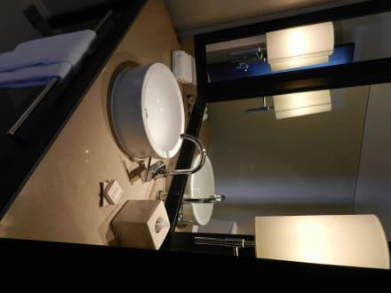 g stetoilette bild millennium hilton bangkok in bangkok. Black Bedroom Furniture Sets. Home Design Ideas