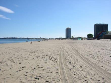 Sonnenstrand im Oktober / Bulgarien - Strand Sonnenstrand